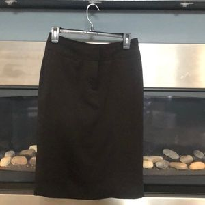Size 4 lined black pencil skirt - work /date night